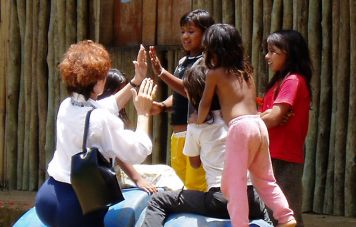 Making friends at the Guaraní Indians village