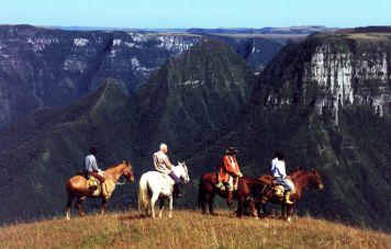 Cayamborá canyons