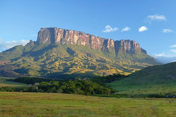 Adventure tours to Mount Roraima