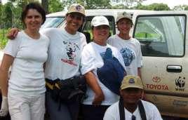 The Projeto Arara Azul team