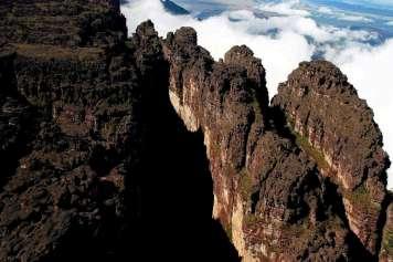 Monte Roraima canyons