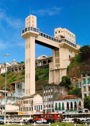 The historic Lacerda elevator